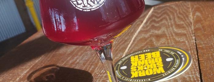 Lupulin Brewing is one of Locais curtidos por Liz.