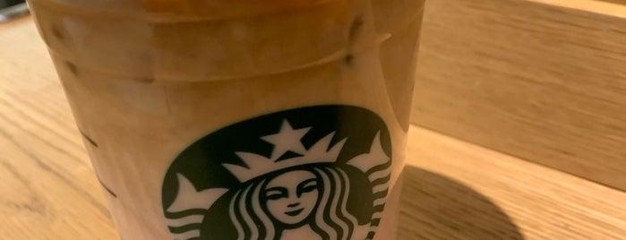 Starbucks is one of Rafael 님이 좋아한 장소.