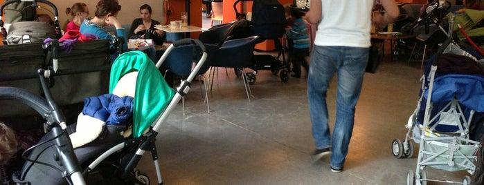 Dschungel Café is one of Essen & Trinken im MQ.