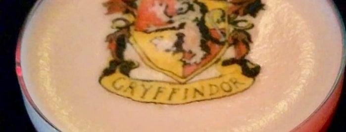 Dutch Fred's is one of Lugares guardados de Cynthia.