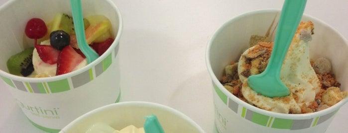 Yogurtini is one of Locais curtidos por Brad.