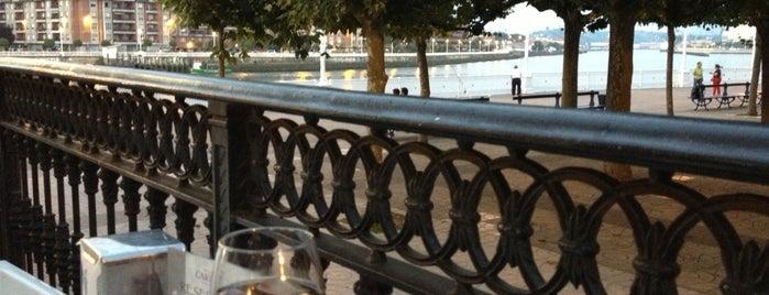 Gastro-bar Gran Hotel Puente Colgante is one of Tempat yang Disukai Alfred.