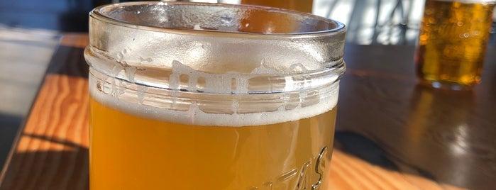 Lagunitas Seattle Taproom & Beer Sanctuary is one of Lieux qui ont plu à Bridget.