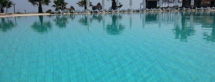 Assos Dove Hotel Resort & Spa is one of Hasan 님이 좋아한 장소.