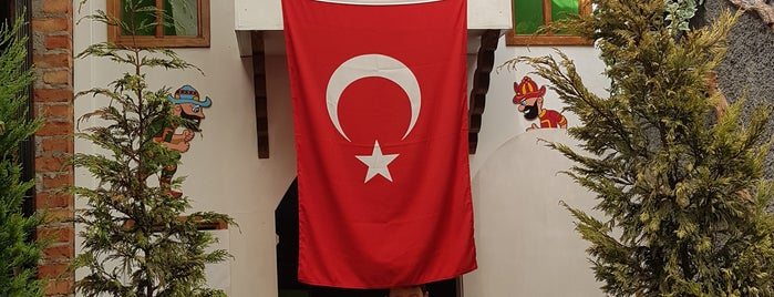 7/8 Hasanpaşa Kahvecisi is one of Posti che sono piaciuti a Ilker.