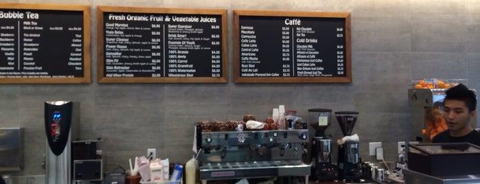 Caffé Central is one of Locais curtidos por Andrew.