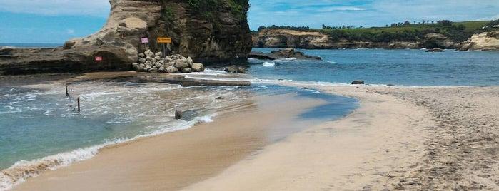 Pantai Klayar is one of Java / Indonesien.