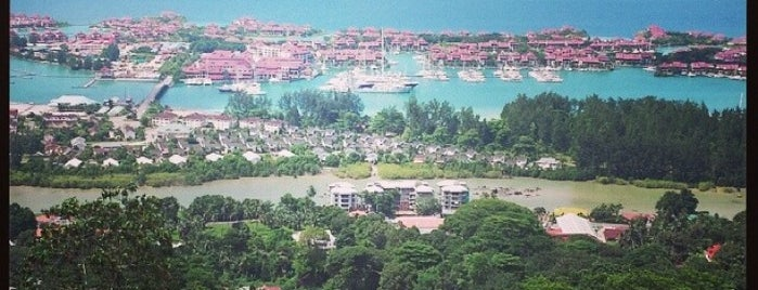 Eden Island Seychelles is one of Marinaさんの保存済みスポット.