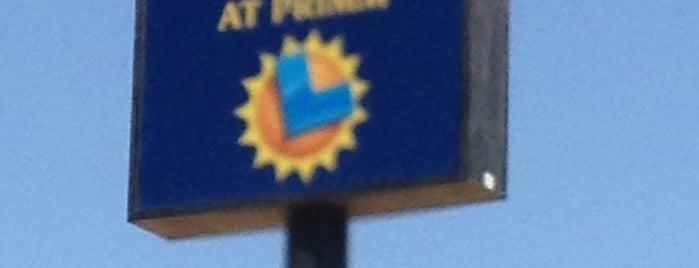 The Lotto Store at Primm is one of Thomas'ın Beğendiği Mekanlar.