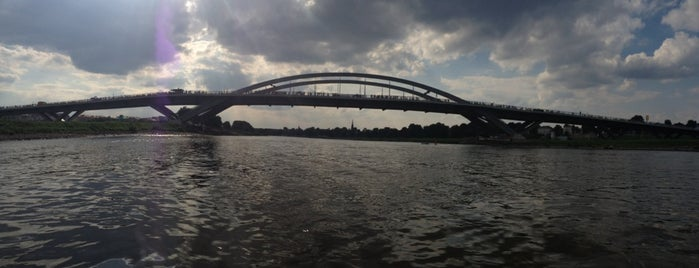Waldschlößchenbrücke is one of SMS FRANKFURT Group Travelさんのお気に入りスポット.