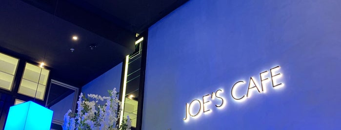 Joe's Cafe is one of Queenさんの保存済みスポット.