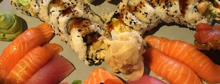 Sushi Masters is one of Tempat yang Disukai Rasa.