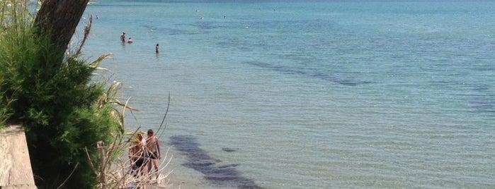 Agios Sostis Beach is one of Grécia.