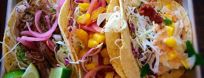 Bomba Taco is one of สถานที่ที่ John ถูกใจ.