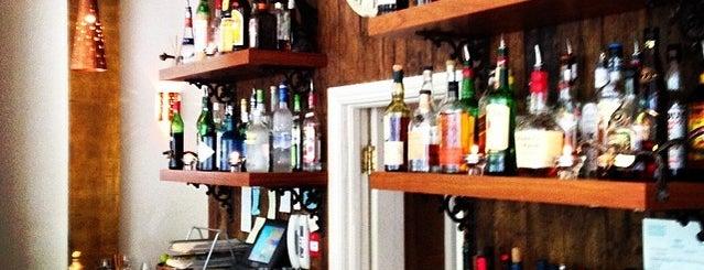 Hudson Bar & Grill is one of Lugares favoritos de Viki.
