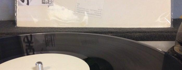 Vinylgate Recordstore is one of Locais curtidos por Mikołaj.