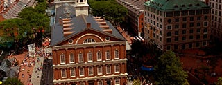 Faneuil Hall Marketplace is one of Lugares guardados de Mike.