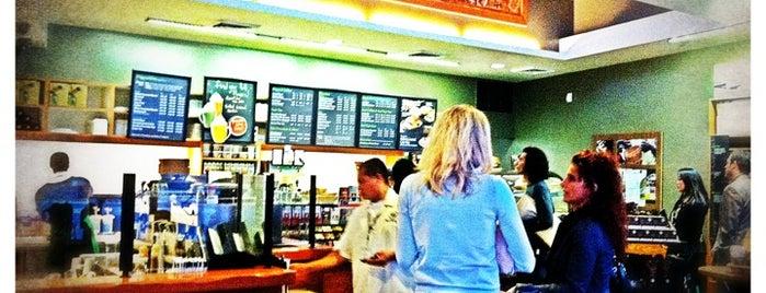 Starbucks is one of Lugares favoritos de Dan.