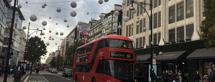 Oxford Street is one of Lieux qui ont plu à BS.