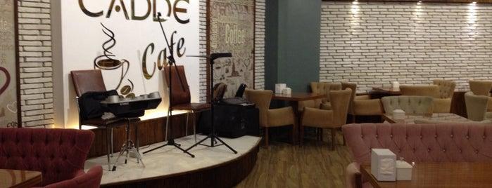 Cadde Cafe & Restaurant is one of Tempat yang Disukai Z. Gurol.