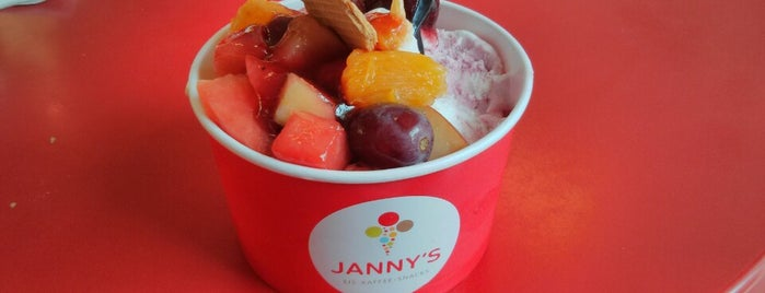 Janny's Eis is one of Ice Cream In Berlin.