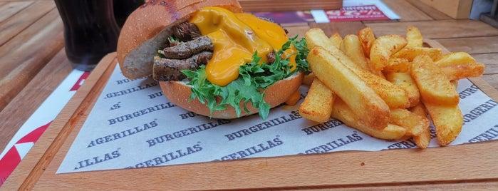 Burgerillas Acıbadem is one of Lieux qui ont plu à Dsignoria.