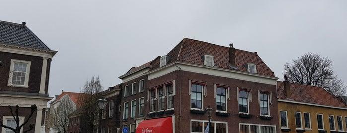 Cafe De Beurs Schiedam is one of Frank'ın Beğendiği Mekanlar.