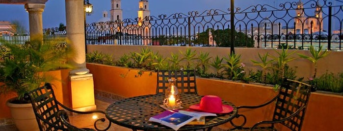 Hotel Colonial is one of Hoteles centricos baratos.
