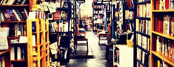 Burke's Books is one of Gespeicherte Orte von Joe.