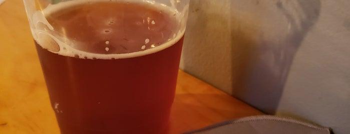 Toll Road Brewing Company is one of Tempat yang Disukai Lisa.