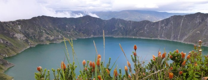 Laguna y Crater Quilotoa is one of Ecuador.