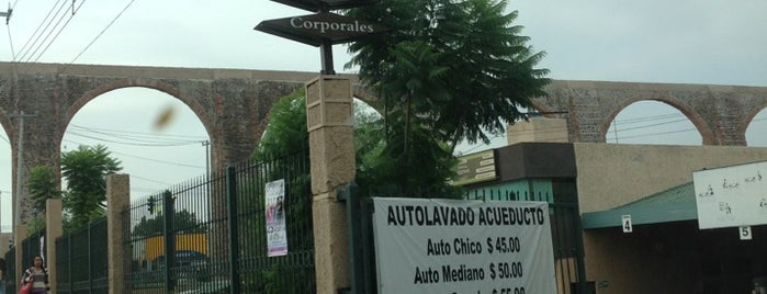 Autolavado Acueducto is one of สถานที่ที่ Jose ถูกใจ.