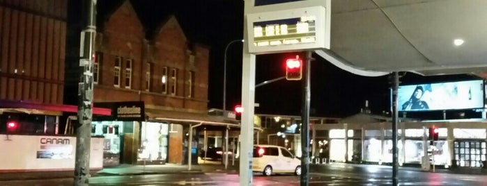 Bus Stop 7215 is one of Auckland.