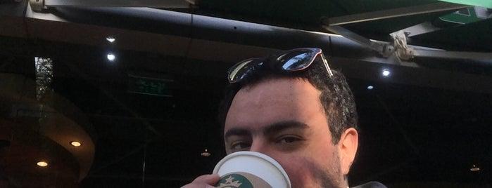 Starbucks is one of Mariam'ın Beğendiği Mekanlar.