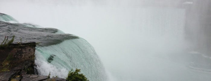 Horseshoe Falls is one of Niagara Falls Trip.
