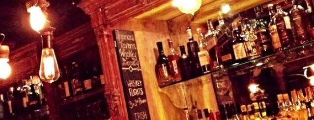 Fraunces Tavern is one of New York nightlife.
