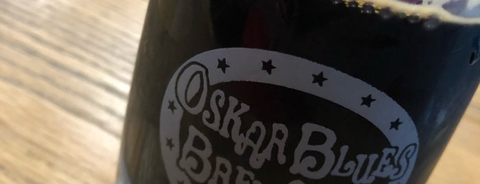 Oskar Blues Brewing Co is one of Mickeyさんのお気に入りスポット.