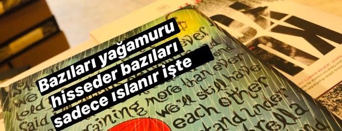 Penguen Kitapevi is one of Orte, die Çağlar gefallen.