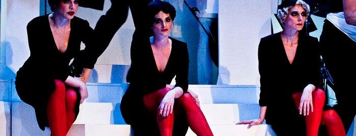 Katona József Színház is one of Posti che sono piaciuti a Andrea.