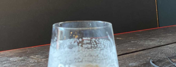 Siren Craft Brewery is one of Locais curtidos por Carl.