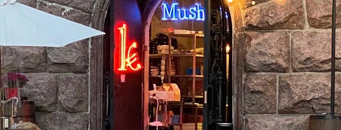 Mushlya Bar is one of Andriy 님이 좋아한 장소.