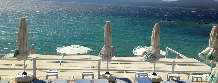 Mukka Beach Club is one of Bitti.