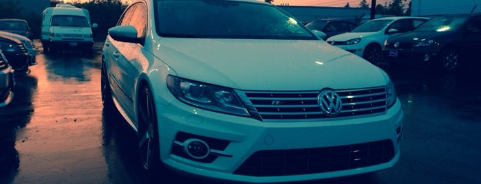 Auburn Volkswagen is one of Lugares favoritos de Matt.