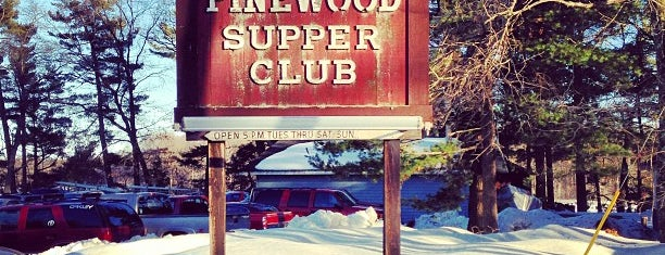 Pinewood Supper Club is one of Tempat yang Disukai Alcindo.
