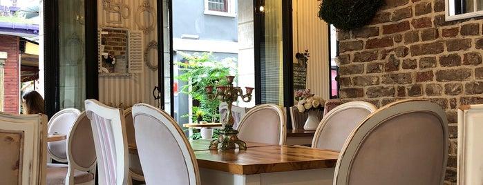 Lavender Cafe is one of Посетить.