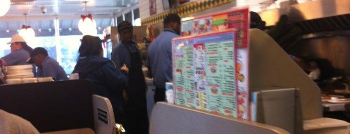 Waffle House is one of Orte, die Chris gefallen.