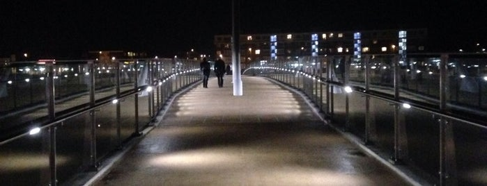 Adur Ferry Bridge is one of Orte, die Barry gefallen.