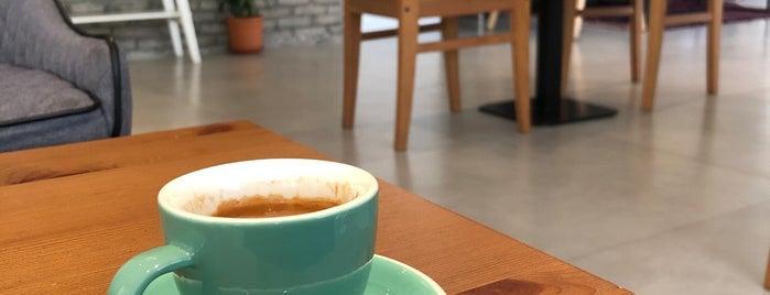 Ekleel Cafe is one of Jeddah.