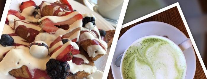 Café Gratitude is one of Lau 님이 좋아한 장소.