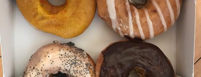 Donut Friend is one of Lau 님이 좋아한 장소.